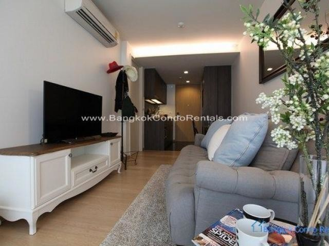 Condo Thong Lo For RENT Real Estate Bangkok VIA 49 by Bangkok Condo Rentals Bangkok Real Estate Bangkok.